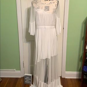 Elegant white BCBGMaxAzria dress